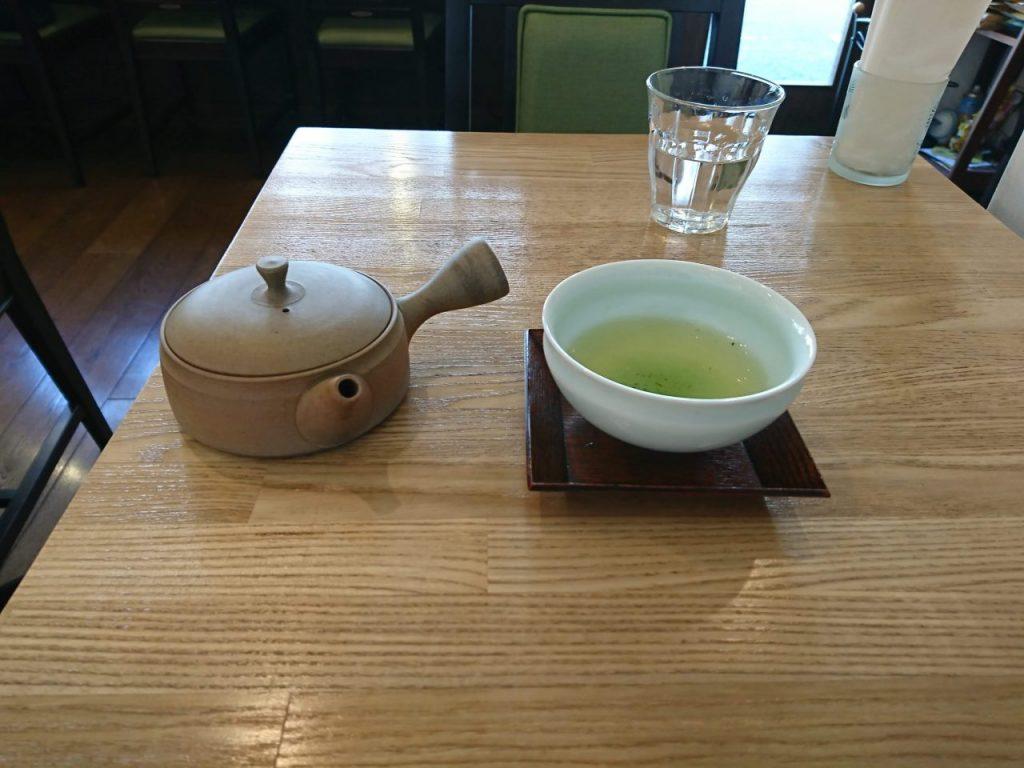 茶とあん おくみどり