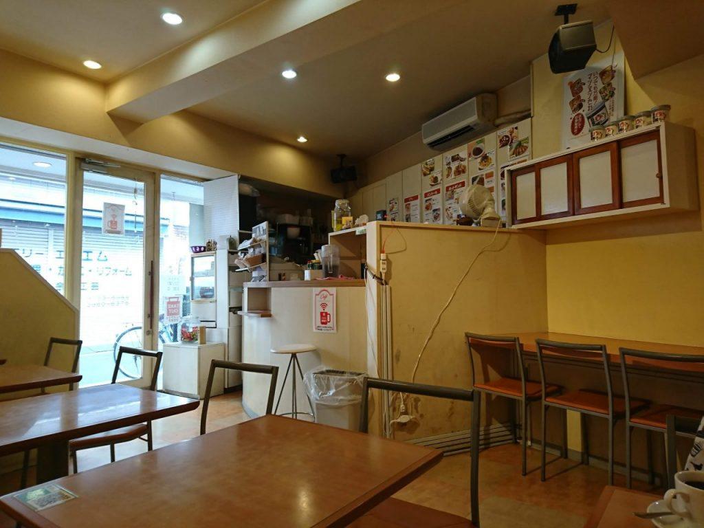 cafe de dolceの店内